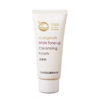 Selling White Tone Up Cleanser