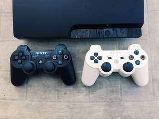 Barely used SONY Playstation 3 🎮 FREE 4 Pcs. Original Games