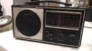 Vintage Sanyo Radio (tak test)