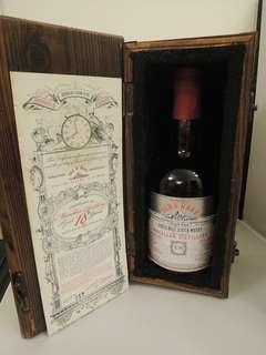 陳年IB麥卡倫18年原洒56.2%,700mI連木盒,全球限量生產240瓶。