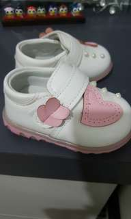 Baby Girl's shoe