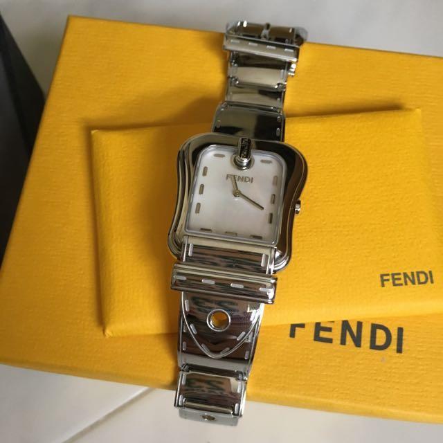 foto ufficiali 30a19 ac939 Fendi Orologi Watch, Luxury on Carousell