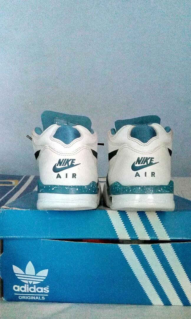buy popular 1e7db fa351 Nike Air Flight 89 White Dark Obsidian Brigade Blue, Men s Fashion, Men s  Footwear on Carousell