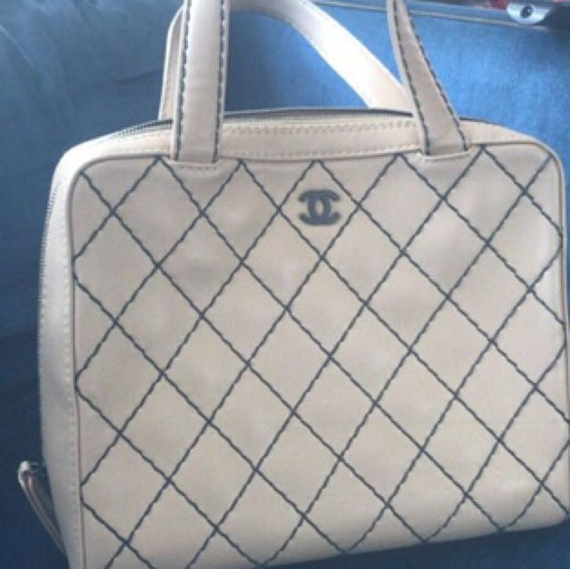 6e83bf8d8ae2 Original beige Chanel Large Tote Bag 30cm, Women's Fashion, Bags ...