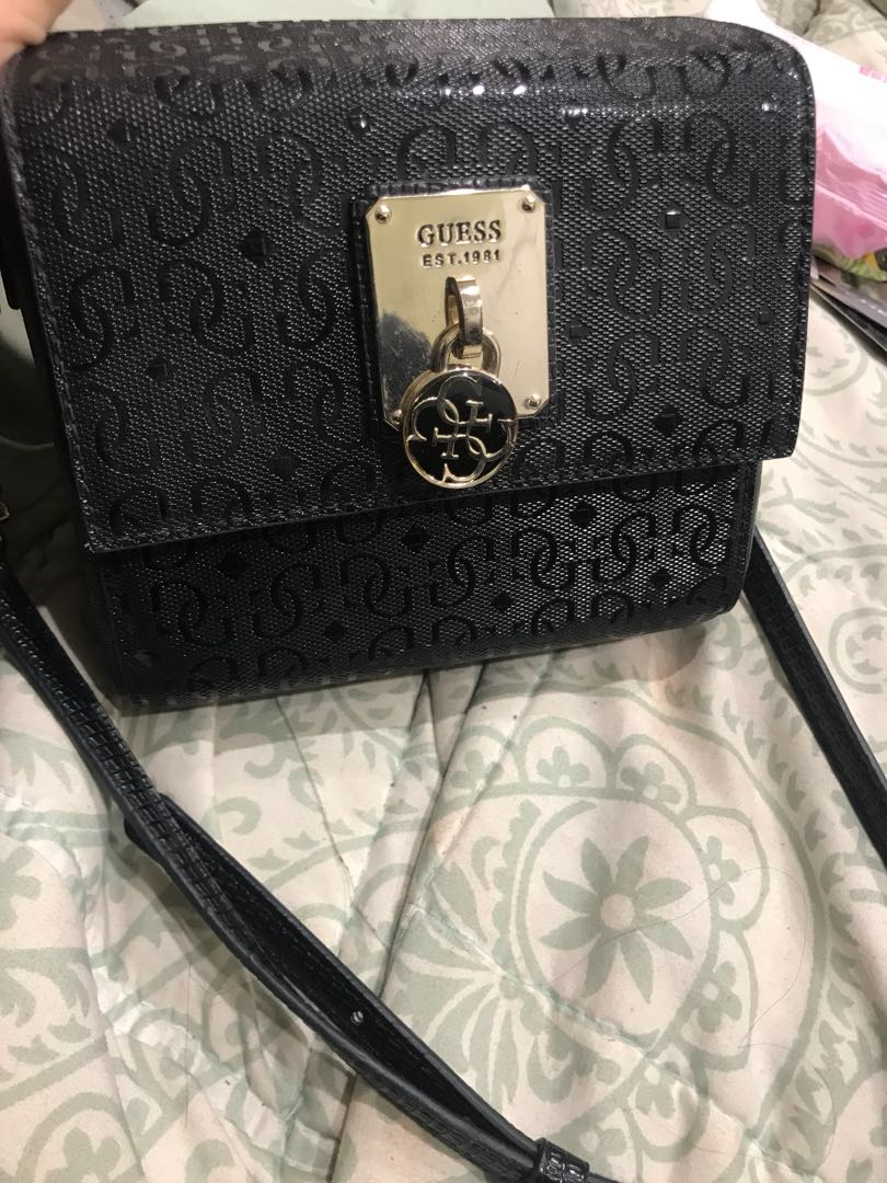 Small guess bag