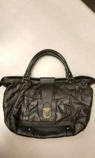 MM11黑色真皮袋