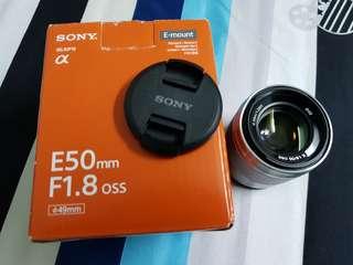 Sony 50mm f/1.8 (E mount)