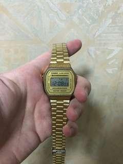 Casio watch  鋼銀 金色