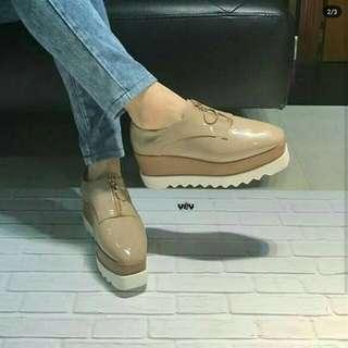 Sneakers Wedges Stella McCartney Replika- Mc Cartney Lokal - Boots Wedges Sleting Cream - Sepatu Boot Heels Murah - Vintage Shoes Woman - Sol Gerigi Lucu