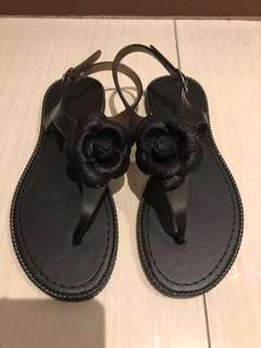 🚚 防水花朵涼鞋