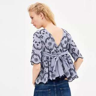 Women's 18 Summer New Perforated Embroidery Hollow Detail Backless Sleeve Doll Shirt