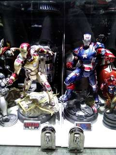 2x Sideshow Collectible 1:4 scale iron man (xm studio transformers avengers hot toys)