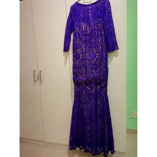 Purple dress (xl size, but in a small cutting)