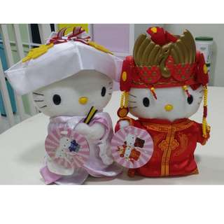 Limited edition HELLO KITTY display doll (SELLING IN PAIR) - in costume McDonald
