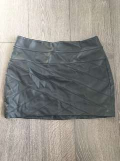 Express Leather Look Skirt Size Small 2 4