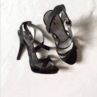 Fioni Night black shoes