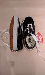 BNWT Vans shoes