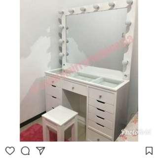 Vanity table / Meja rias  99.9% NEW