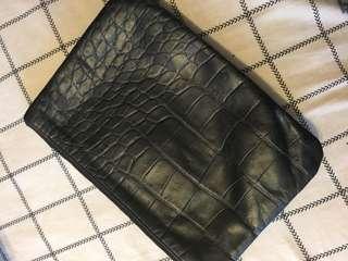 Tikah purse