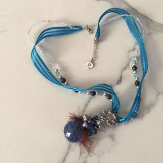 FREE lace Chrystal blue necklace