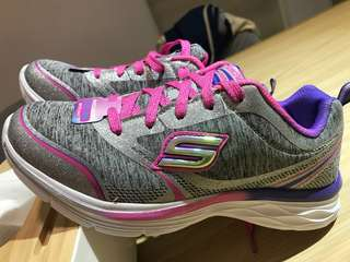 Skechers shoes / sneakers for girls
