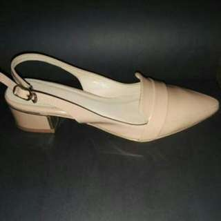 Dicari (Amante Nude Shoes)