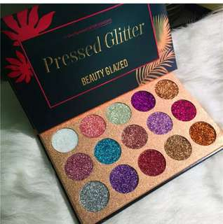 Beauty Glazed eyeshadow platted