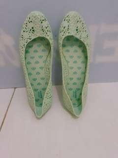 Sepatu plat jelly bunny