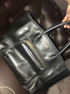 Prada handbag original rm1800 nego for fast payment
