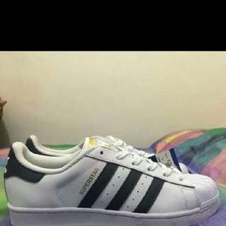 💯 auth adidas superstar shoes😍😍😍