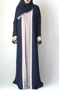 Abaya in navy blue + nude with pearls along the hems size 54