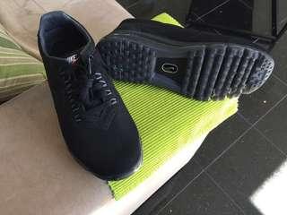 New Nike air max LD zero size US 8