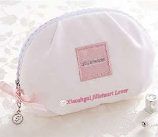 """🔴$20 OFF➡️ FOLLOWERS ONLY! (Chat nw)🔴🌷RARE LIMITED EDITION🌷🐰AUTHENTIC BRAND NEW🐰JILLSTUART White Floral Relax Zip pouch w signature """"J"""" dangling charm. (Washable+Spacious+Silk inner+Light useful)💋No Pet No Smoker Clean Hse💋"""