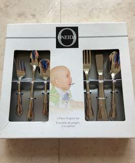 Oneida 6 piece Cutlery Set