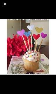 6 pcs $0.30: heart shape cake topper