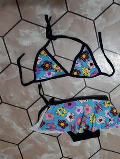 2pc kids swimsuit (2-3T)
