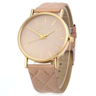 WOMEN QUARTZ WATCH CHECKS LEATHER BAND ROUND DIAL (BEIGE)