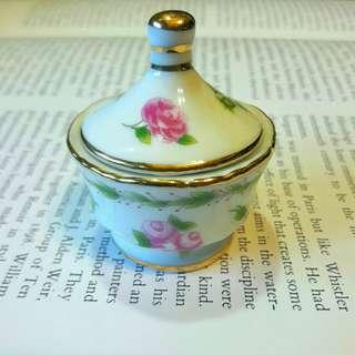 歐洲骨瓷袖珍糖罐
