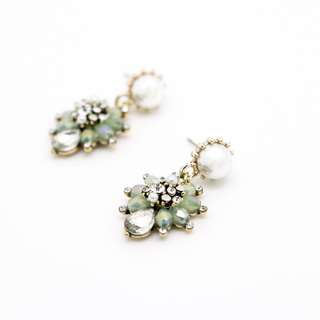 EMVINEX- vintage element crystals washy green color pendant teardrop earring style pearl embedded