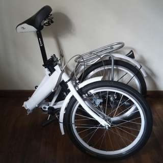 White foldable bicycle / bike / foldie