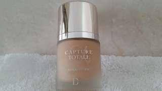 Dior Capture Totale Triple Correcting Serum Foundation 30ml - 010