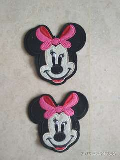 Sew on patch - Minnie Mouse with red/pink ribbon
