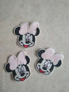 Sew on patch - Minnie Mouse with light pink ribbon