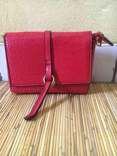 Red Croco Mini Slingbag