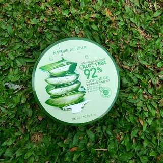 Nature republic Aloe Vera shooting gel
