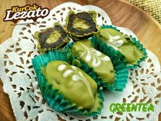 Kurma coklat green tea / matcha