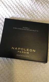 Napoleon Perdis nude u palette
