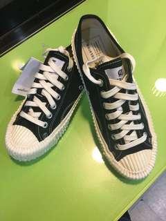 🚚 韓國購入 大尺碼26號 正韓 熱銷 餅乾鞋 帆布鞋