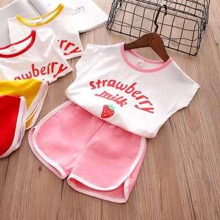 🚚 預購「7-15碼字母草莓休閒套裝童裝」