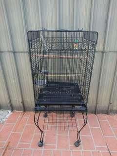 Negotiable bird cage